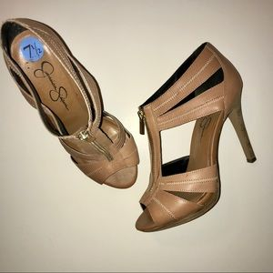 Jessica Simpson Nude Platform Zipper Heels EUC 7.5